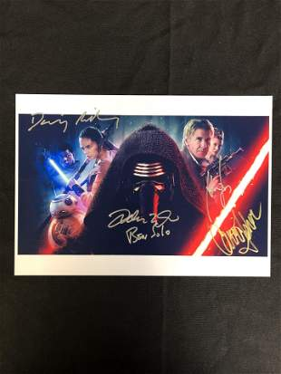 STAR WARS THE FORCE AWAKENS CAST SIGNED 8 X 10 ( RA