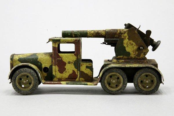 1018: 1 Militär-Lkw mit Flak, Blech, Mimikry, gummibere