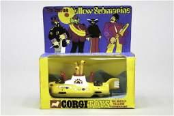 1608: 1 Corgi Toys Yellow Submarine Nr. 803, eine Figur