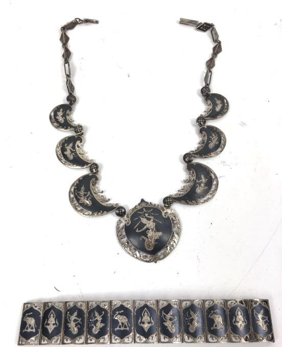 Siamese silver necklace and bracelet