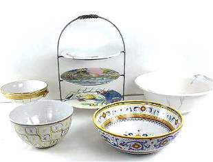 4 Large bowls and cake stand