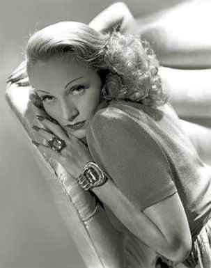 George Hurrell Put Glamour into the Hollywood