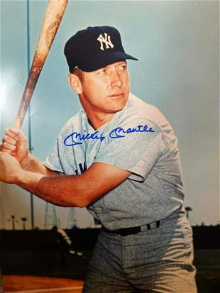 Batters Eye Mickey Mantle 16x20 Autographed Photo