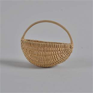 G McCollum Oak Miniature wall hanging basket