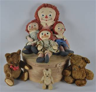 Group of Raggedy Ann & Andy Dolls, Stieff Bear others
