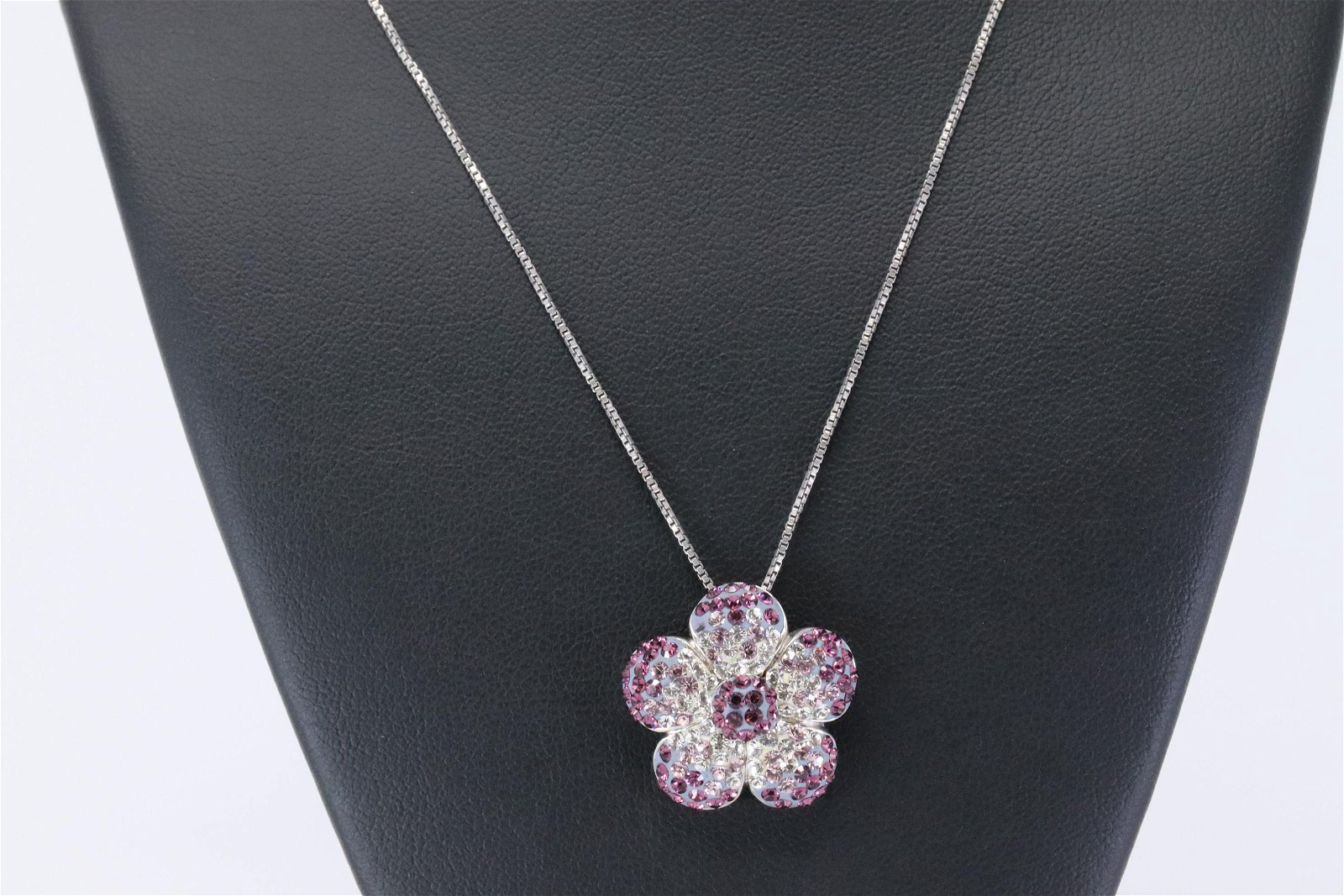 925 Silver Flower Necklace.