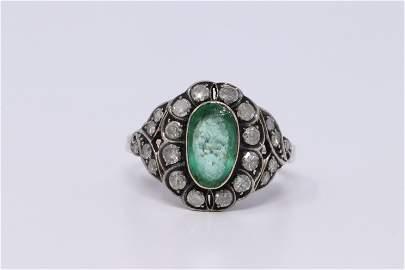 Vintage Ladies Ring Emerald and Diamonds