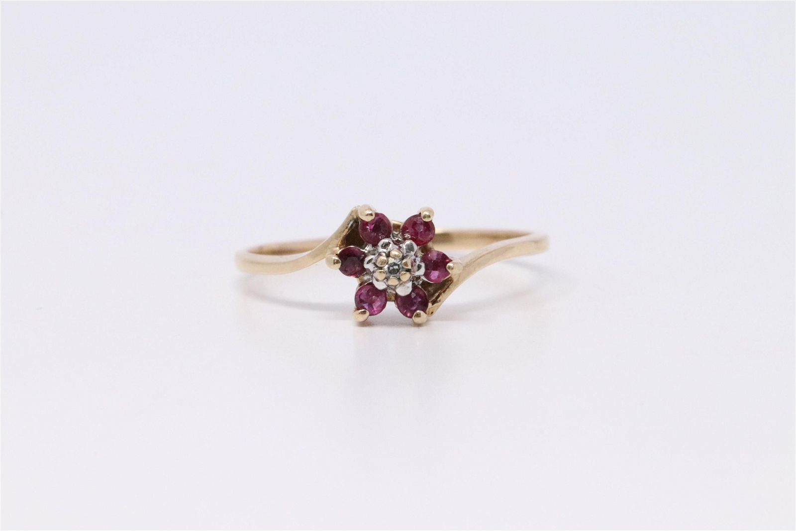 Yellow Gold Cluster Ruby & Diamond Ring