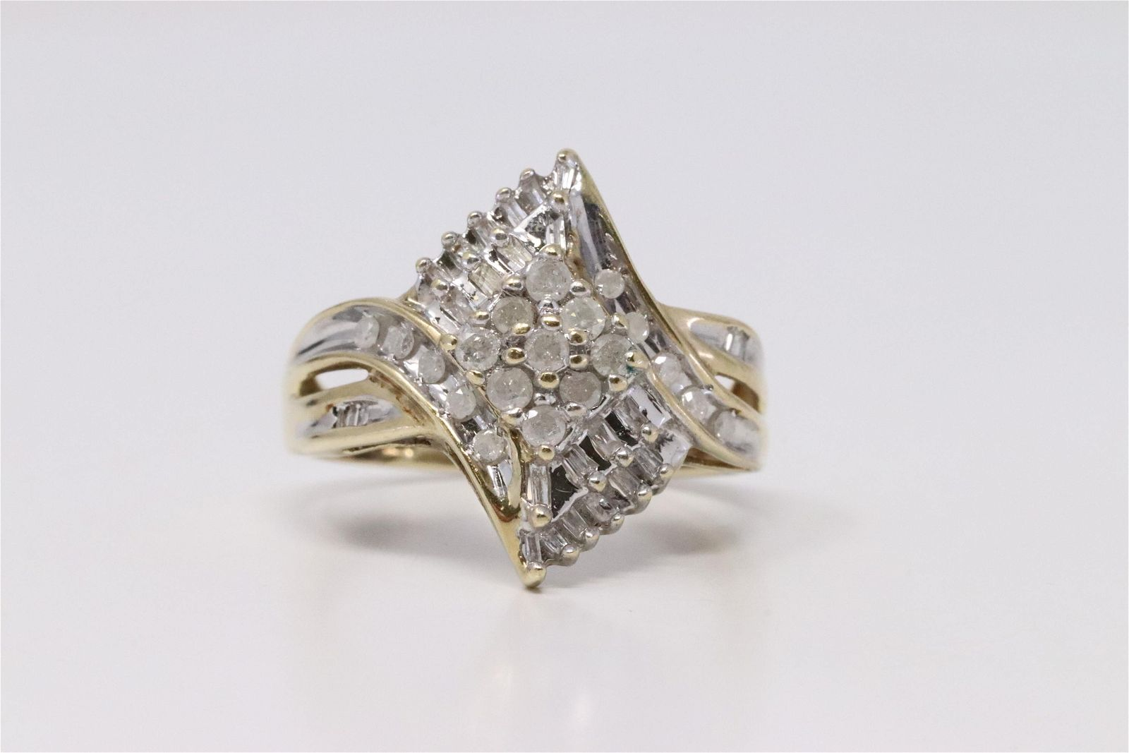 Yellow Gold Diamond Ring.