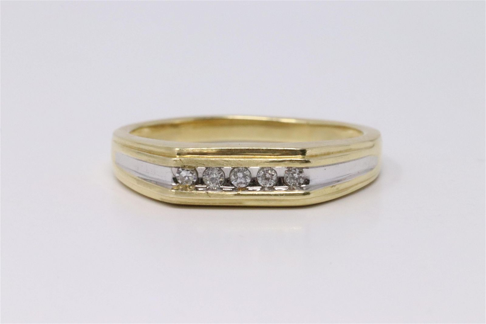 Mens 14Kt Two Tone Gold Diamond Ring.