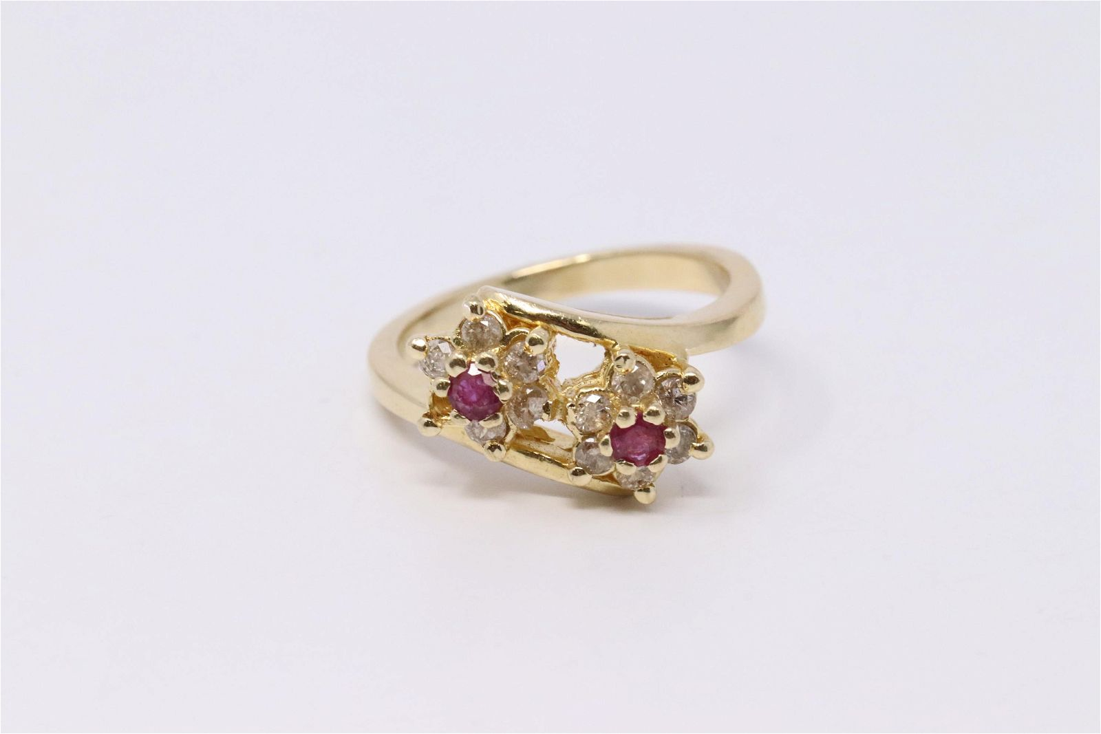 Vintage 14K Diamond & Ruby Ring