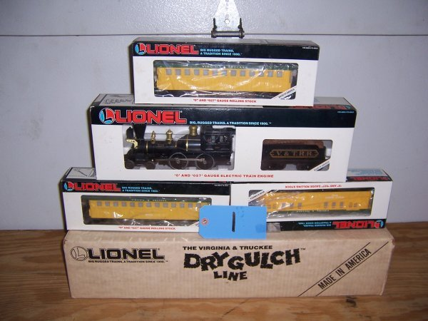 1: Lionel Dry Gulch Line Train Set