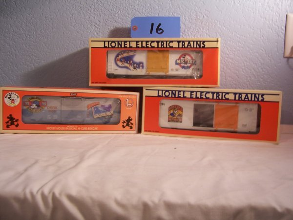 16: Lionel Disney Box Cars 29205 19281 19241