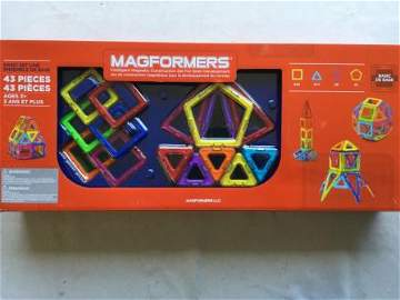 Magformers 43pc Construction Set