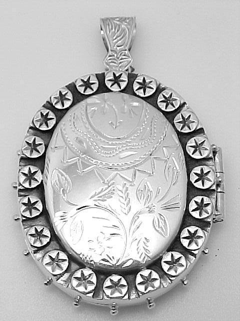 ANTIQUE STYLE STERLING SILVER LOCKET LARGE