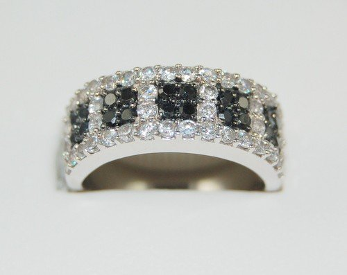 STERLING SILVER WEDDING BAND RING BLACK WHITE CZ