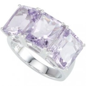 STERLING SILVER RING 3 AMETHYST = 9 CARATS!