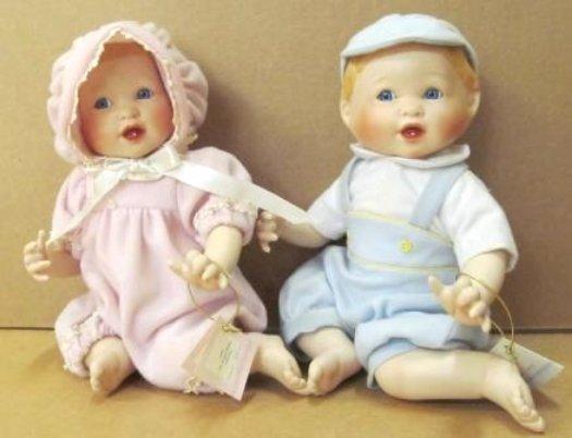 2 ASHTON DRAKE DOLLS 1996 WATCHING BABY GROW PORCELAIN