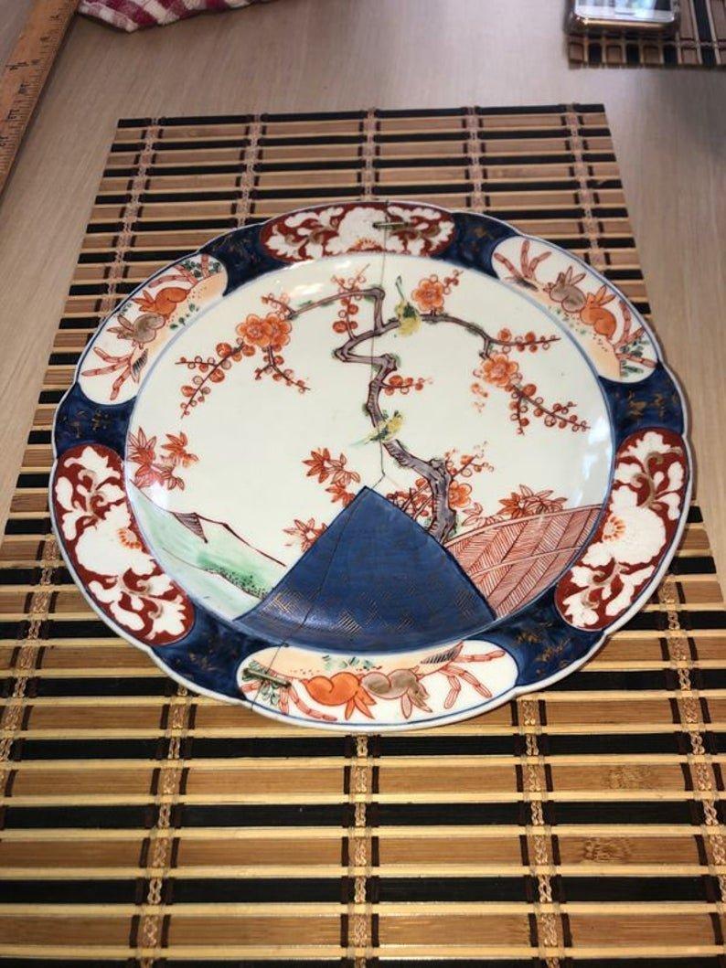 "Antique Early Dynasty Imari 9-1/2"" Diameter Soup Dish"