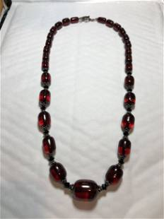 """Vtg 23"""" Cherry Amber Graduated Bead Necklace Preowned.."""