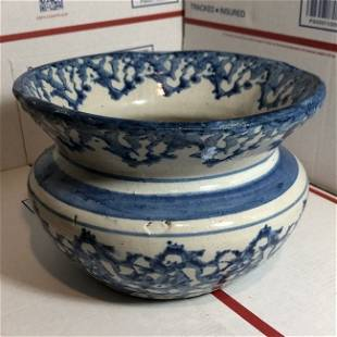 Early 1800's Stoneware Sponged Blue/White Spittoon...