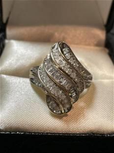 Vintage Ladies 10k Diamond Cocktail Ring 1.20-Carats TW