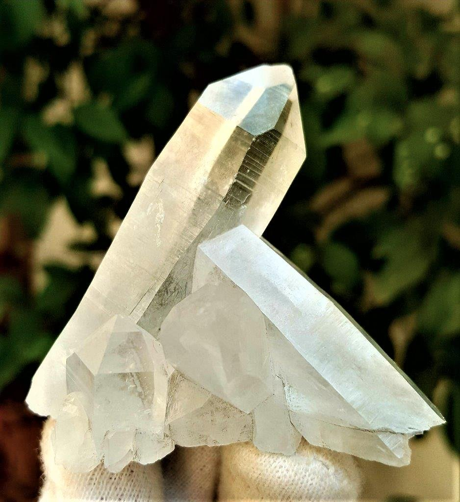 71.4 Grams Natural Termianted Healing Quartz