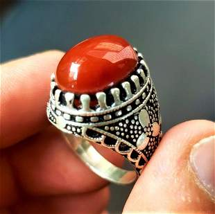 Beautiful Agate Ring in Sterling Silver
