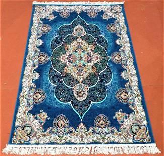Classic Hamedan Persian Rug