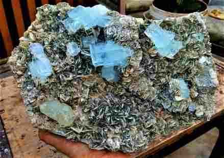 6 KG Aquamarine Crystal With Fluorite Combined On