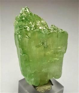 92 Grams Emerald Green Natural Kunzite Crystal