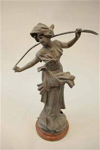 Working girl - large and high bronze sculpture