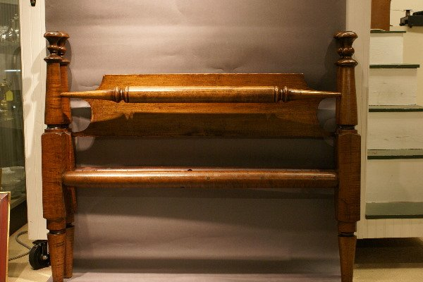 12: 19th C American Tiger Maple Rope Bed