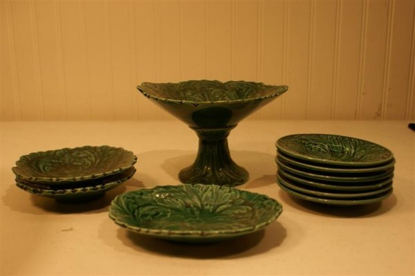 1013: Lot of Child's English Majolica Dishes