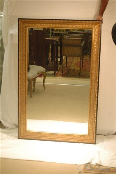 1019: GILT FRAMED MIRROR