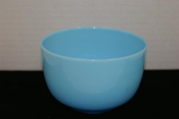 3008: SIX FRENCH OPALINE BOWLS