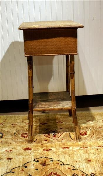 3019: EDWARDIAN SEWING STAND