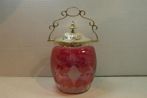 3022: VICT. RUBY GLASS BISQUIT JAR