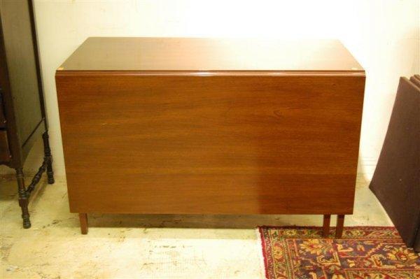 4015: BIGGS DROP LEAF TABLE