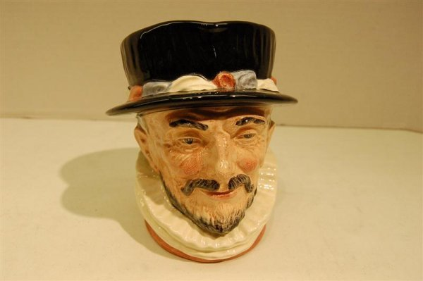 """1019: DOULTON TOBY, """"BEEFEATER"""""""