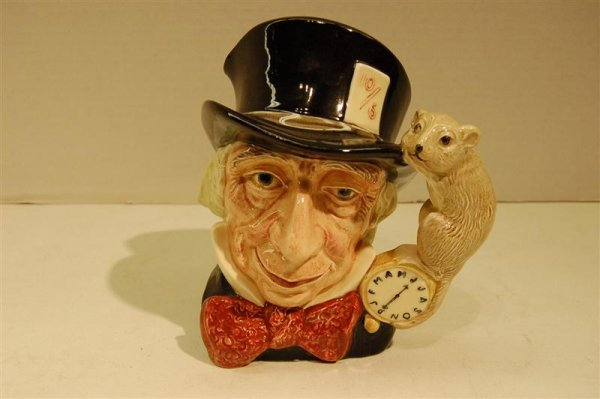 """1022: DOULTON TOBY, """"MAD HATTER"""""""