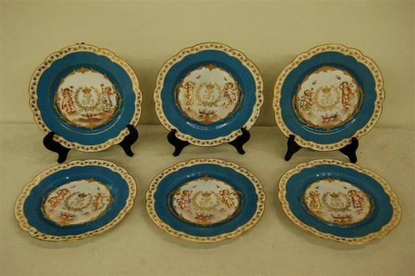 3066: SIX SEVRES CABINET PLATES