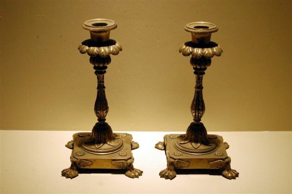 1008: PR CAST BRASS CANDLESTICKS