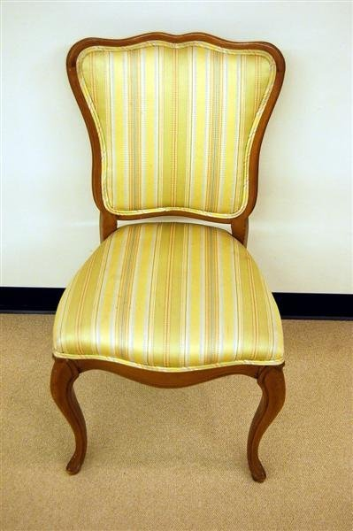 1009: 4 MODERN MAPLE SIDE CHAIRS