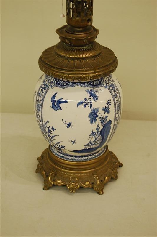 3013: DELFT GINGER JAR LAMP