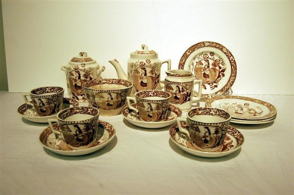 11: BROWN TRANSFER CHILD'S TEASET - 19TH CENTURY, MARKE