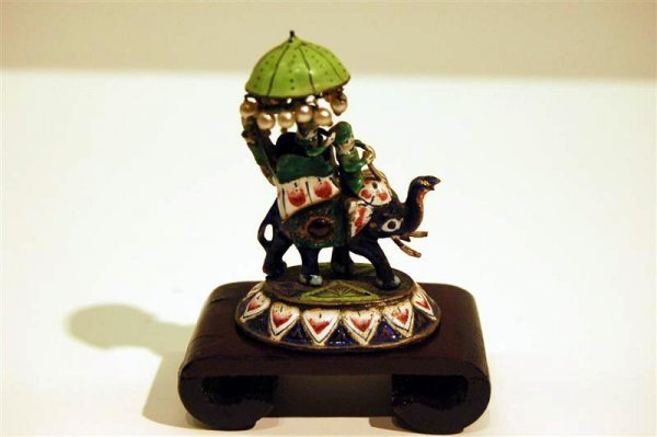 17: MINATURE PEKING ENAMEL FIGURINE - ELEPHANT WITH RID