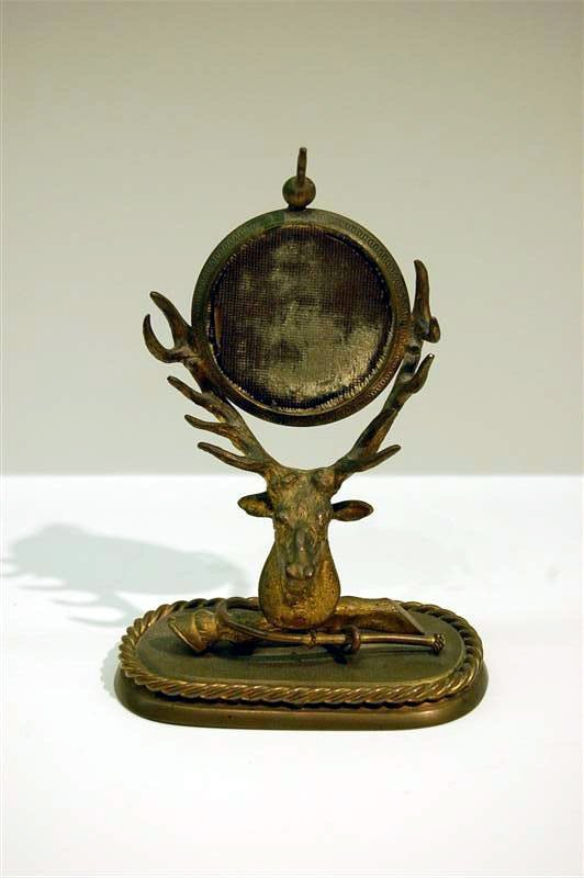 134: VICTORIAN GILT METAL ELK HEAD WATCH HOLDER - 5 3/4