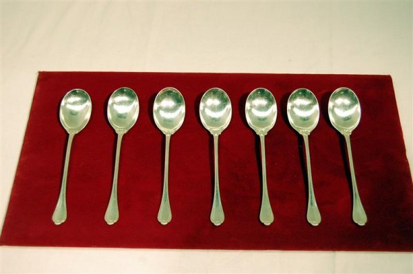 """203: SEVEN STERLING CHOCOLATE SPOONS - """"Paul Revere"""" -"""
