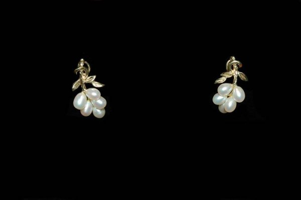 378: 14K YELLOW GOLD & CULTURED PEARL EARRINGS - CLIP O